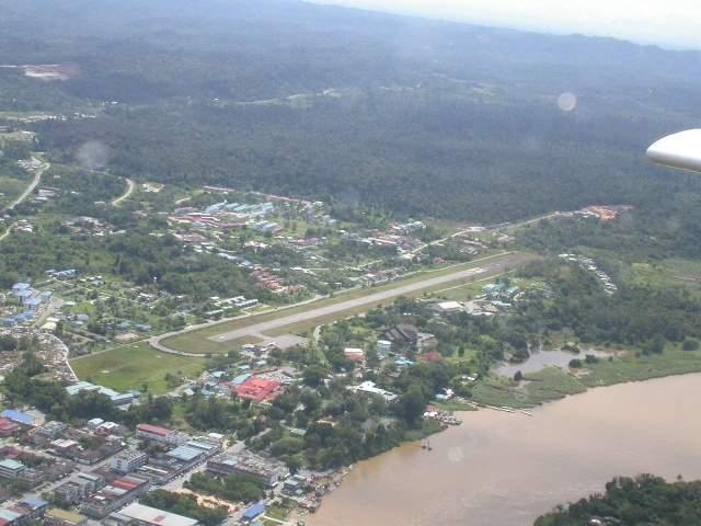 Marudi Malaysia  city photo : picMalaysiaAirportMarudiSarawak 44222 bytes